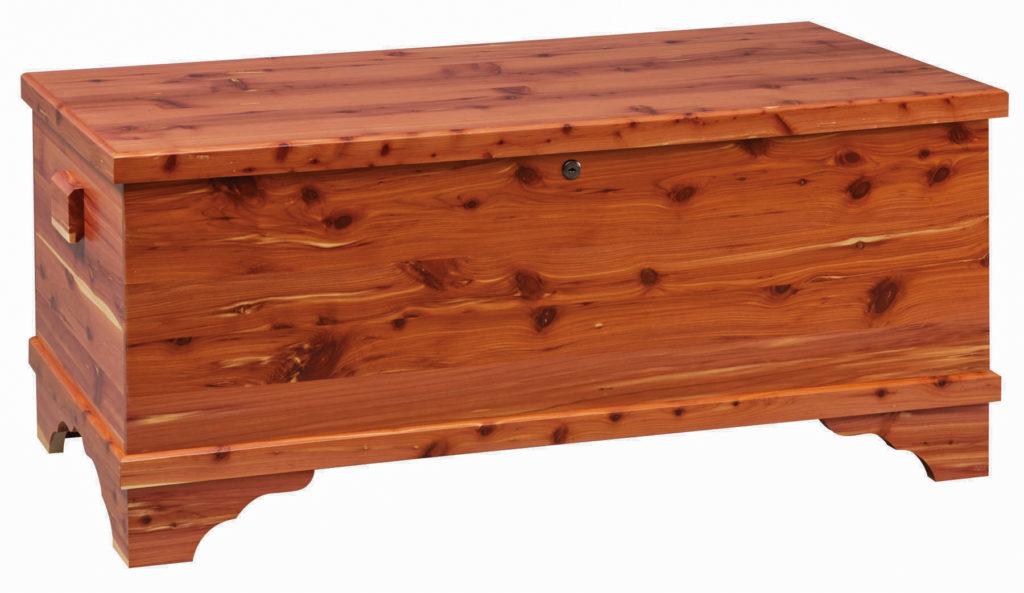 medium franklin blanket chest in cedar