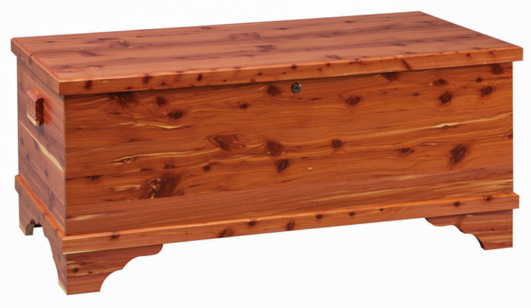medium franklin blanket chest in cedar