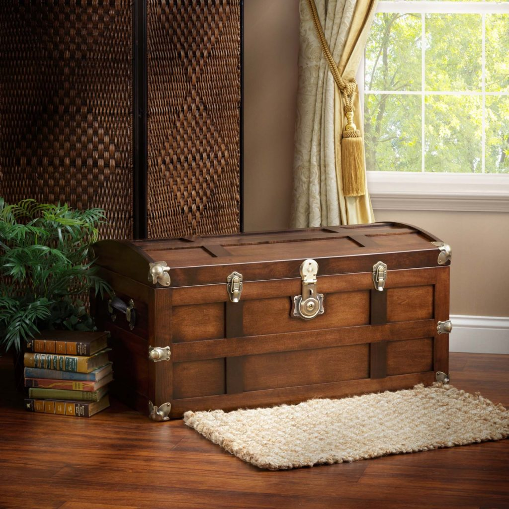 Amish Handcrafted steamer trunk
