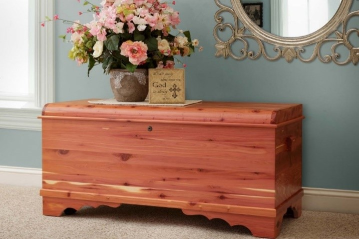 The Amish Cedar Chest - #1 Cedar Crafted at Its Best 10