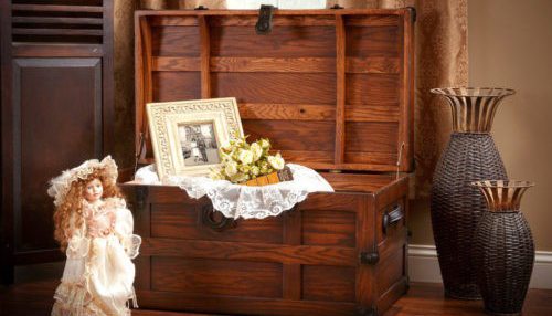 cedar chest will make great a famliy heirloom