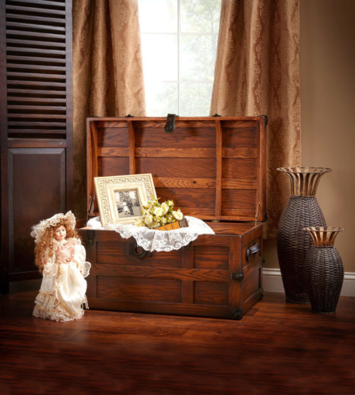 store things in your hope chest