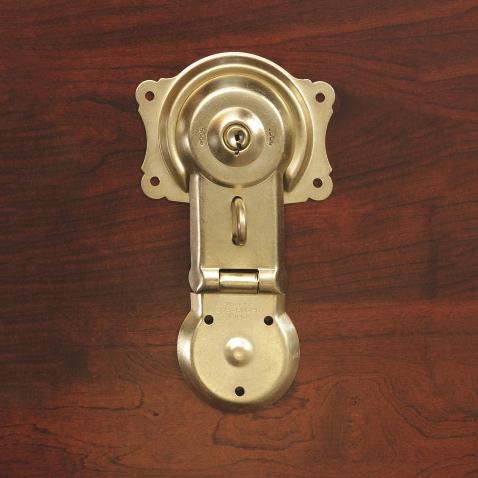 polished brass trunk hardware