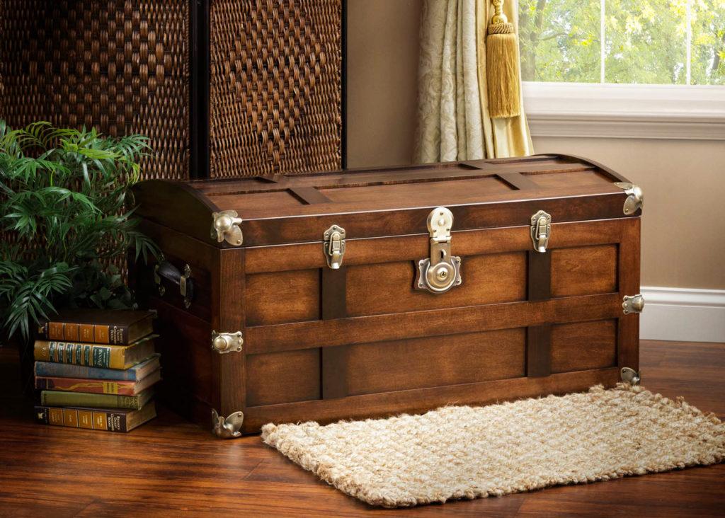 steamer trunk in maple